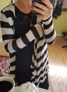 H.I.P Open Stripped Cardigan